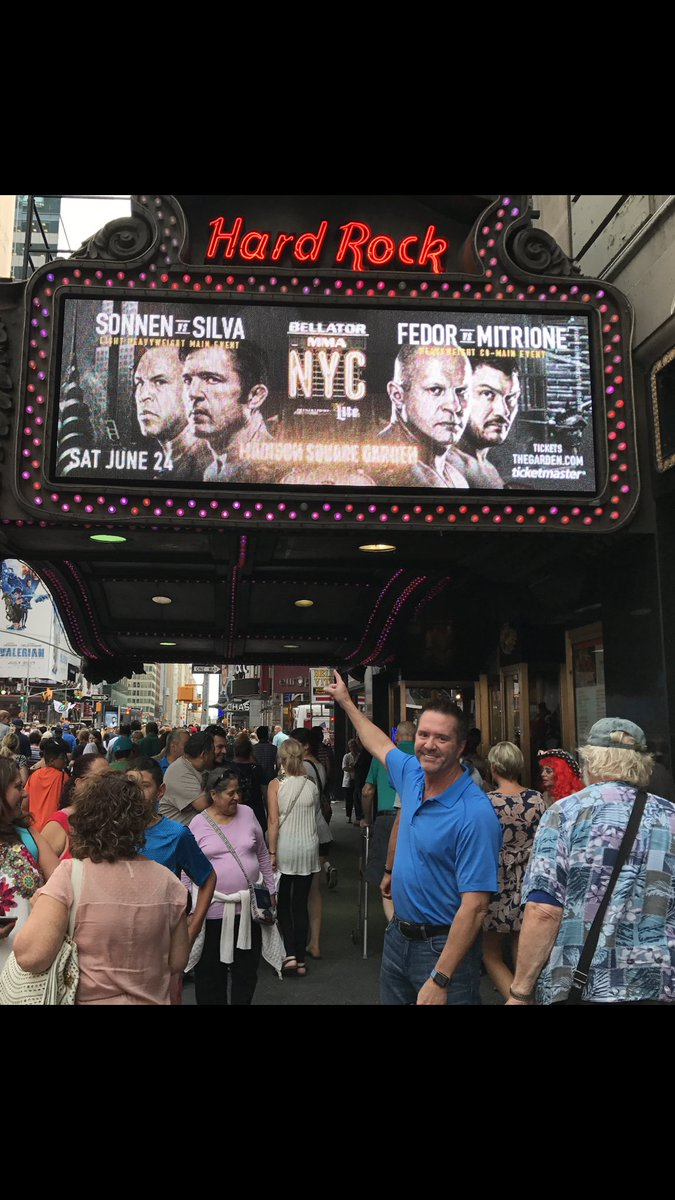 The bright lights of @BellatorMMA #TimesSquare the wait is almost over!!! #HereWeGo <br>http://pic.twitter.com/X6VDQldY7y