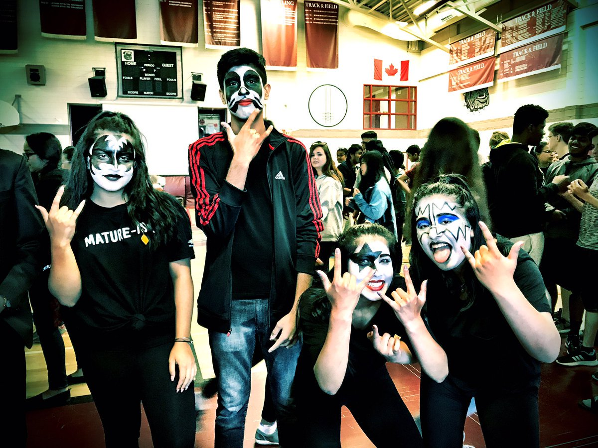Looks like it to us! Thanks for sharing the photo @TDBaker_epsb! TD Baker School just became the coolest place on Earth #KISS #Leadership<br>http://pic.twitter.com/WdazqWeekT