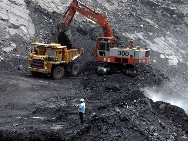 Coal India, World&#39;s Biggest Coal Company, Closes 37 Mines as Solar Power&#39;s Influence Grows   http:// buff.ly/2sVuF8N  &nbsp;   #climate <br>http://pic.twitter.com/GFoJceH8zL