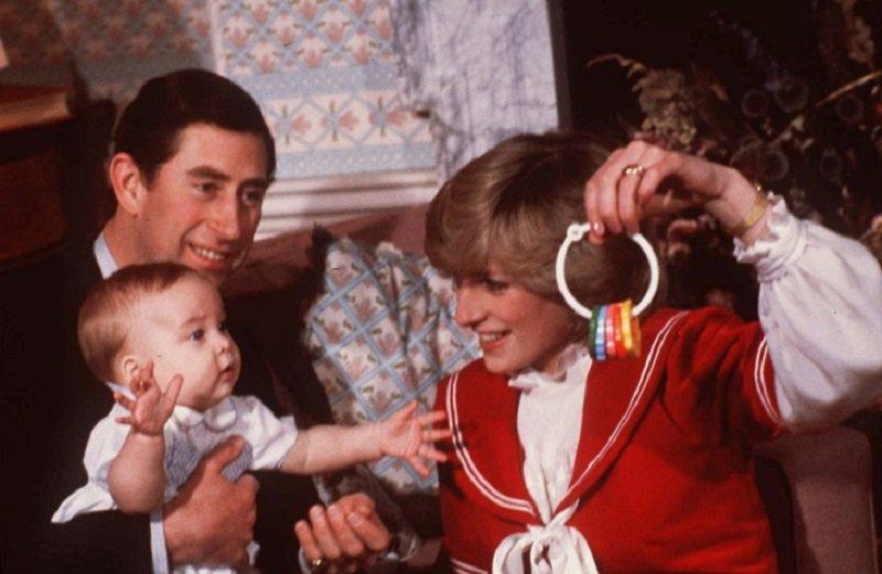 Nos 35 anos do príncipe William, as imagens mais marcantes da vida do herdeiro do trono britânico: https://t.co/iYThLXY6JG