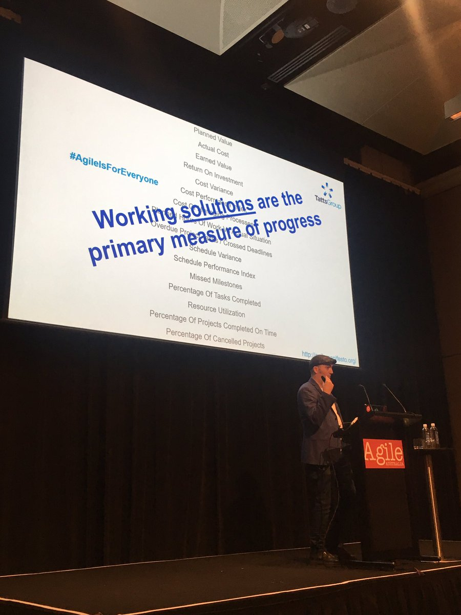 Really enjoy @MaddogMikeB &#39;s talk about #metrics at #AgileAus &quot;Working solutions are the primary measure of progress&quot; #AgileIsforeveveryone<br>http://pic.twitter.com/DxNCS2Swgg