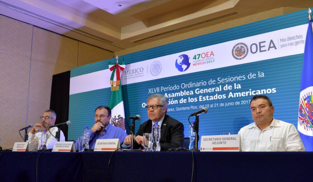 Concluyendo #AsambleaOEA con Canciller @LVidegaray y @NestorMendezOAS...