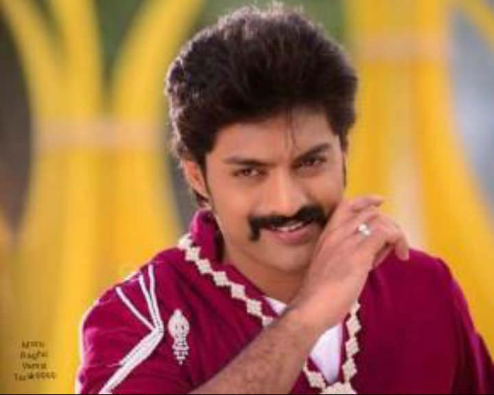 #NKR14 MLA first look will be out on July 4th.. #MLAfirstLook #HappyBirthDayKalyanRam Waitinggg for #Official Announcement<br>http://pic.twitter.com/LPxrkWW4gF