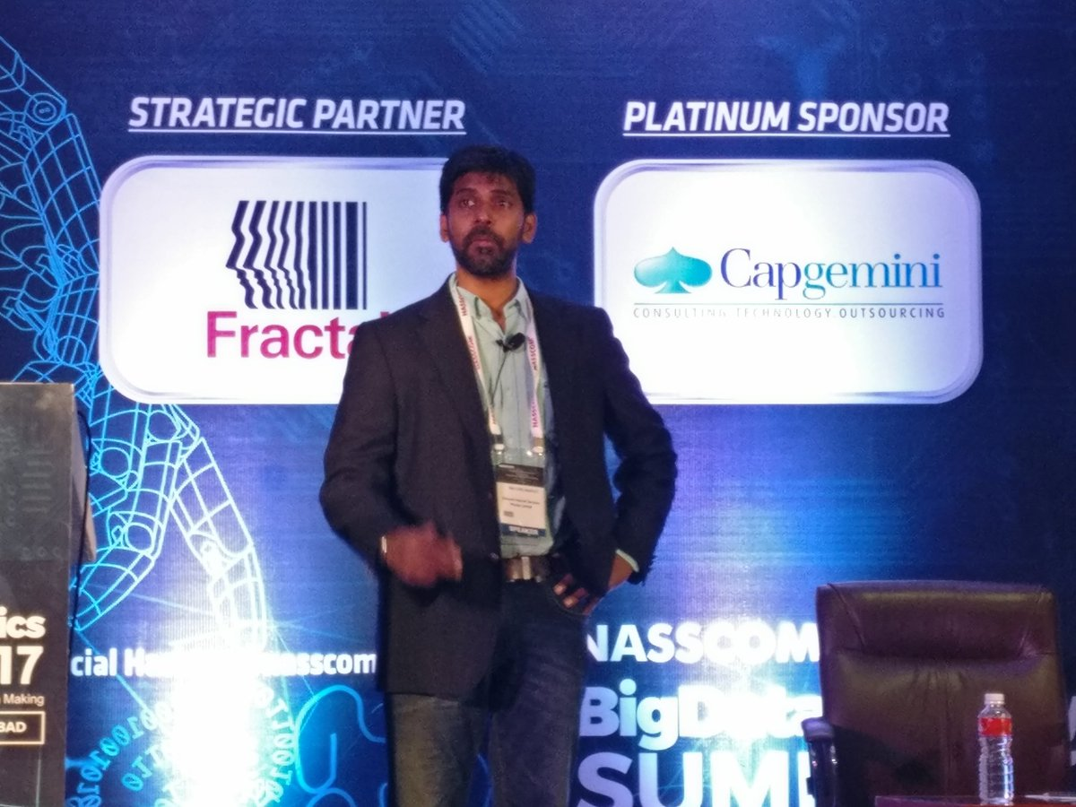 This is something we are doing at @amazon, we want to put #intelligence in every product we create. Insights galore at #nasscomBigData<br>http://pic.twitter.com/DcTNCJay2n