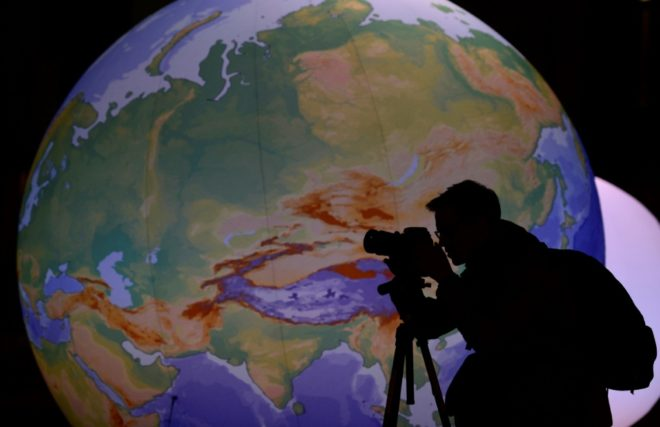 … 9,8 milliards d'#habitants en 2050 #population #Monde  https://www. quotidien-libre.fr/98-milliards-h abitants-en-2050/ &nbsp; … <br>http://pic.twitter.com/U0fjRmYQRu