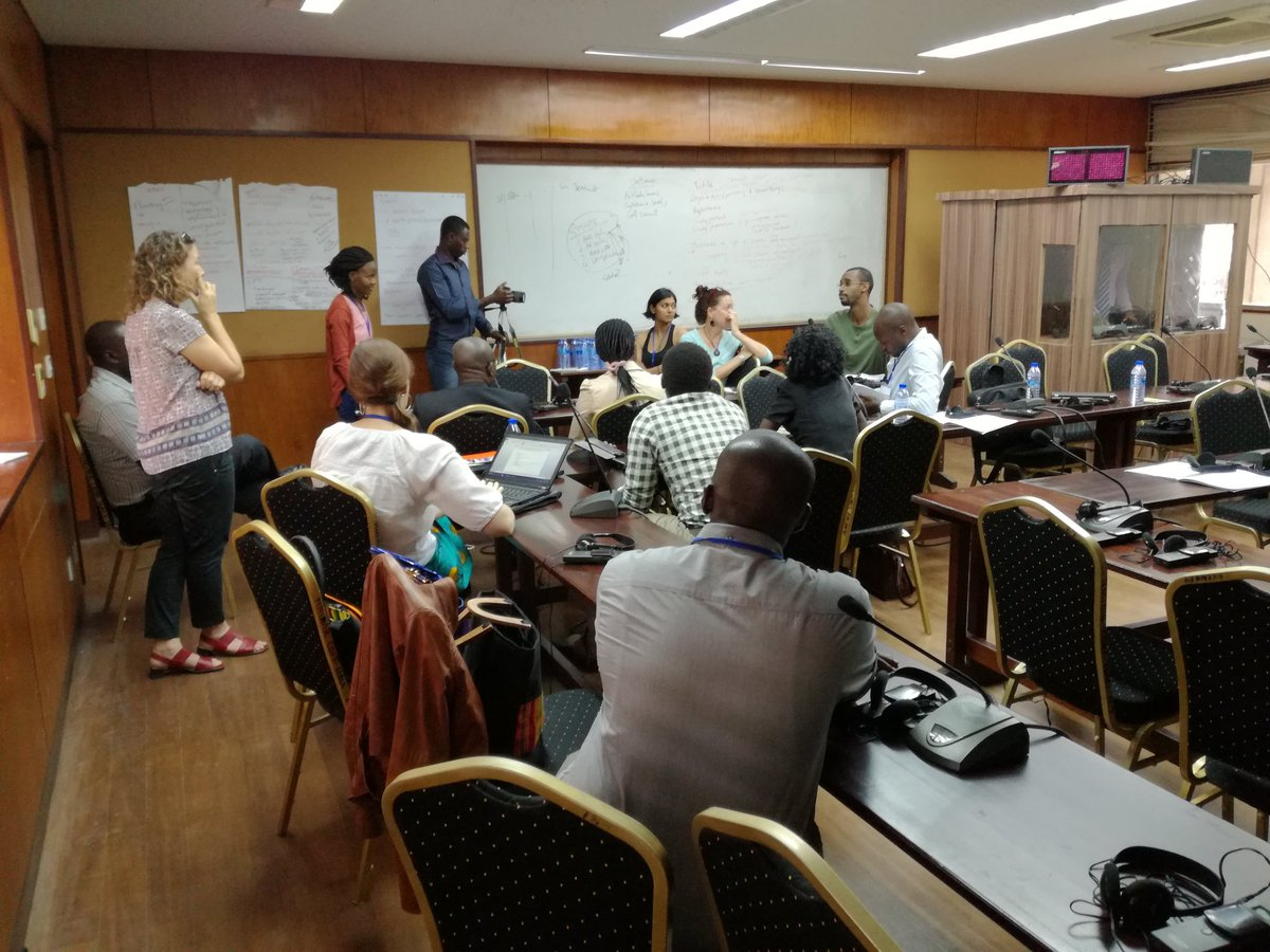 Pratical exercice on #vulnerability   assessment &amp; #adaptation planning. #CPD2017 @CoMOSSAfrica @SAMSETProject @UCLGAfrica @SEA_UrbanEnergy<br>http://pic.twitter.com/QvQ4QhOvRD