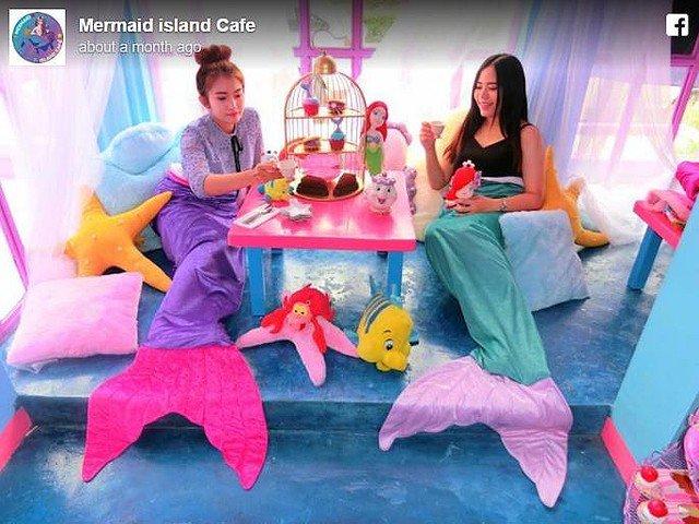 【ゆめかわいい】人魚しか入れない? タイで人気のカフェが可愛すぎる https://t.co/DVyhvAZlgi  あまいピンクやブルーで...