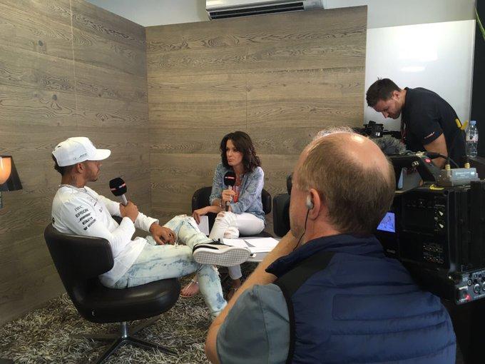 Kicking off #MediaDay! 🎤  🎥🎥🎥 Straight into filming for @LewisHamilton   #AzerbaijanGP 🇦🇿 #F1