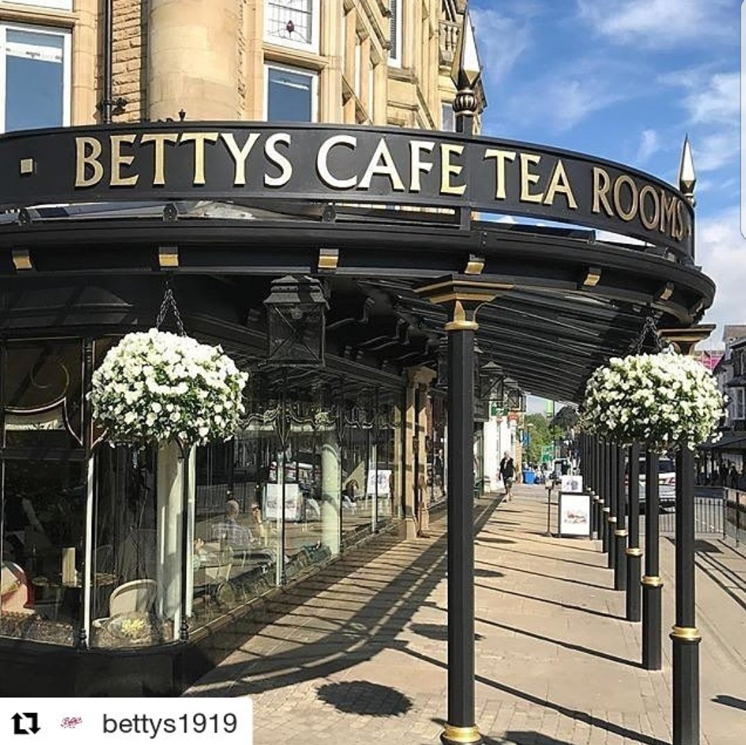 Bettys in Harrogate #Repost  @bettys1919   Hold on, who stole our queue?  : #andrewolivermorley #EarlyVisitor #reasonstoliveinyorkshire <br>http://pic.twitter.com/ikkPlbW5gx
