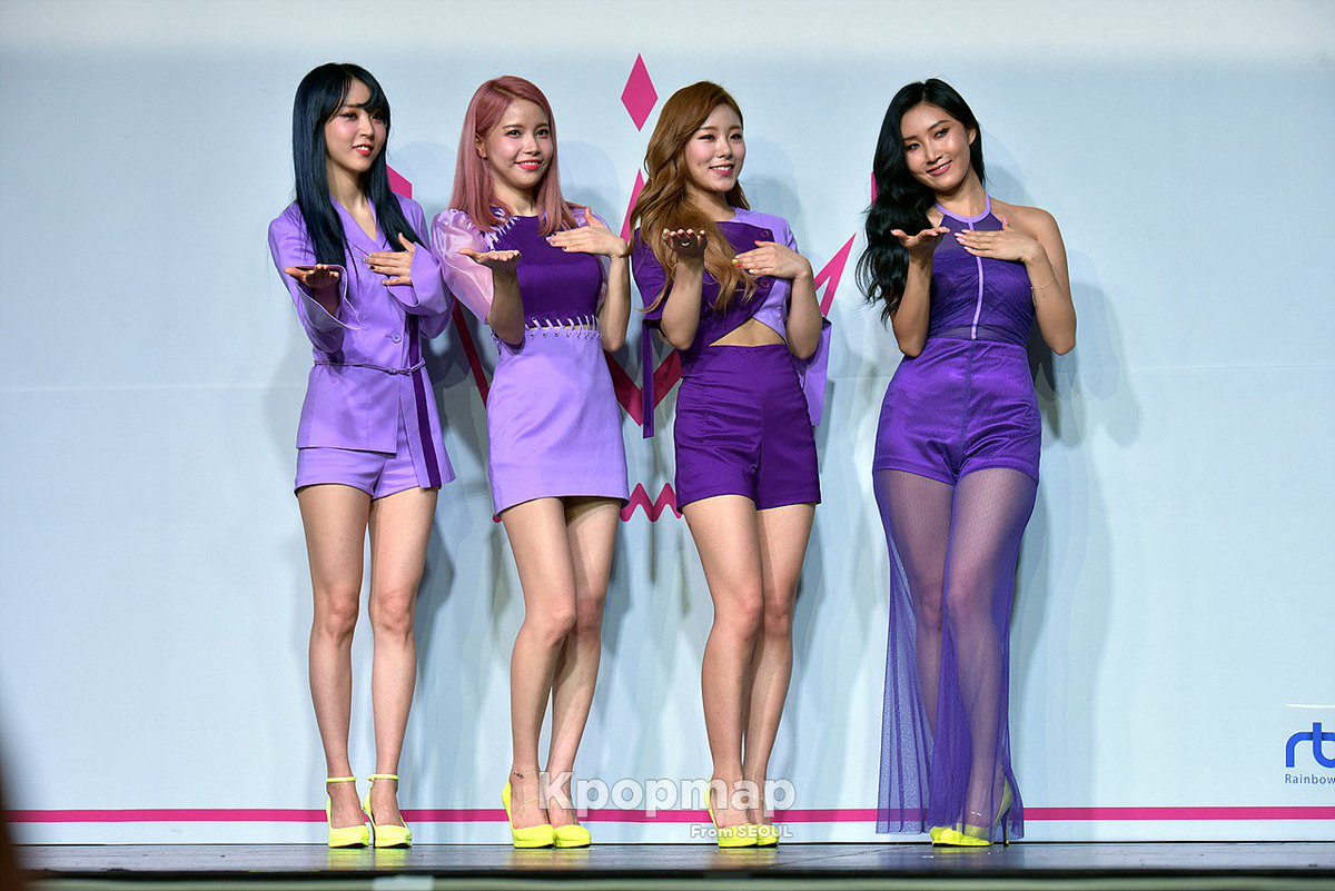 #Mamamoo&#39;s photo time with stunning Purple look on comeback stage  #HwaSa #MoonByul #WheeIn #Solar ★Kpopmap <br>http://pic.twitter.com/yrtqLiMsHG