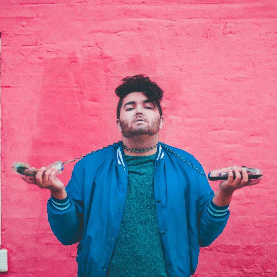 #NEWTrackAlert!!! @quinnmwentz - Take It Slow. Alt-pop artist has a track that&#39;s great for the high-road  http:// buff.ly/2sTr7Tl  &nbsp;  <br>http://pic.twitter.com/TV3jLlsZJ9