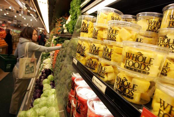 Report: Amazon to lower prices at Whole Foods https://t.co/7VNlGBEDYj https://t.co/CBNRqTX9t4