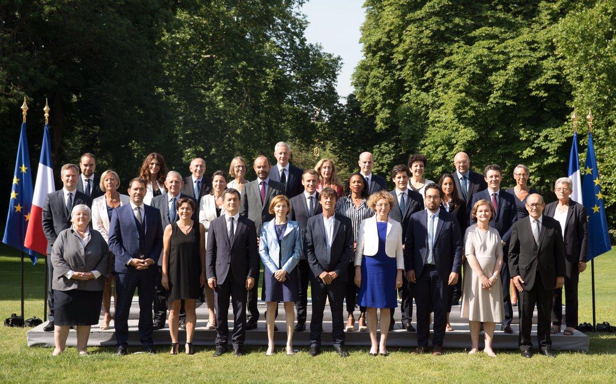 Rassemblés et déterminés. Au travail avec le nouveau gouvernement d'@EPhilippePM au service de tous les Français.