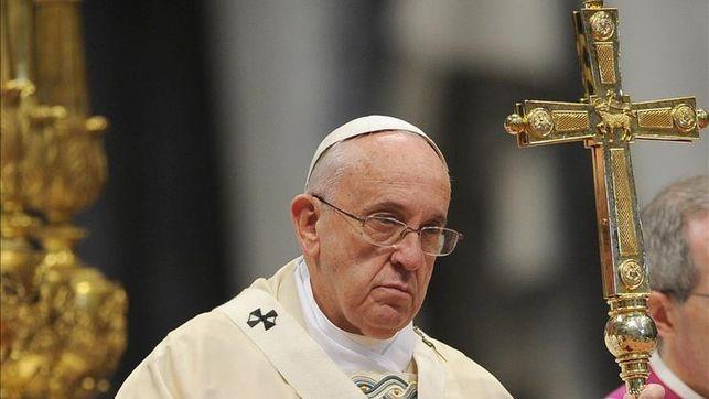 El papa Francisco plantea la excomunión para los políticos corruptos h...