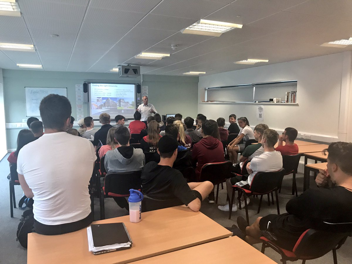 We welcome @cardiffmet @CardiffMetCSS to @NPTCGroup_SPS today to speak to our students about their future HE options! #HE #Sport #University<br>http://pic.twitter.com/olYgaVE9FE