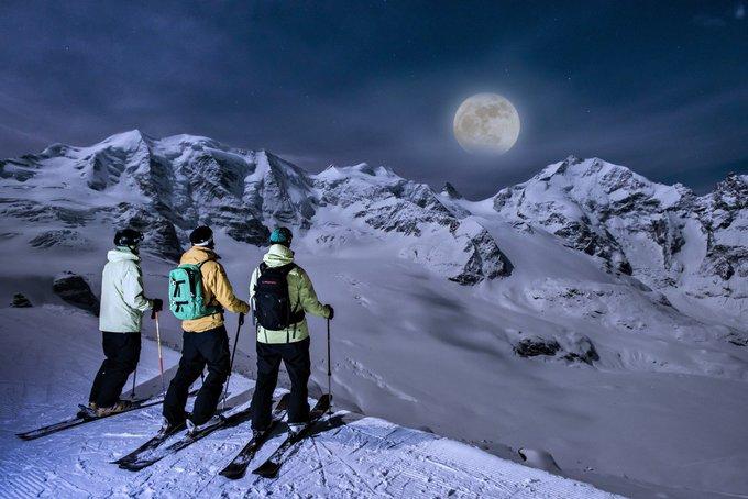 Impresionante el  Glaciar Diavolezza @stmoritz_ch Gracias a los Gatos por traernos este excelente #skireview ➡️https://t.co/pEu4lIp2ew