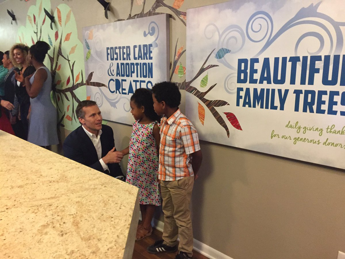 Thank you @EricGreitens @SheenaGreitens for prioritizing MO&#39;s children. #lifechanging #gamechanging #sb160 #fostercare<br>http://pic.twitter.com/7wLPtfwYzl