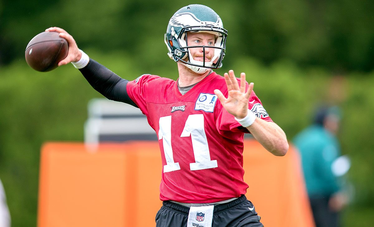 &quot;I think what Carson Wentz represents right now is hope.&quot;  @MikeMayock on the #Eagles QB:  http:// phieagl.es/2sFUB5i  &nbsp;  <br>http://pic.twitter.com/FwW2JOSfLN