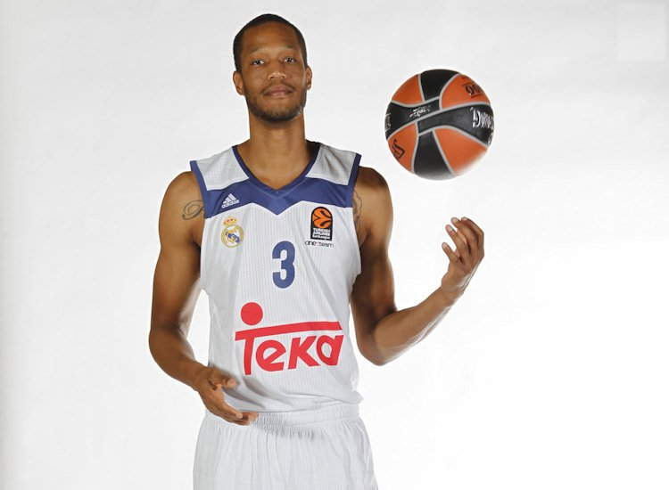 OFFICIAL: @RMBaloncesto keeps big man Anthony Randolph for another sea...