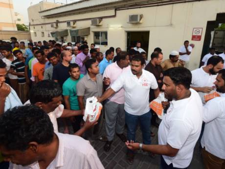 Workers get safety tips at #iftar gatherings https://t.co/cOuSzr8EIg