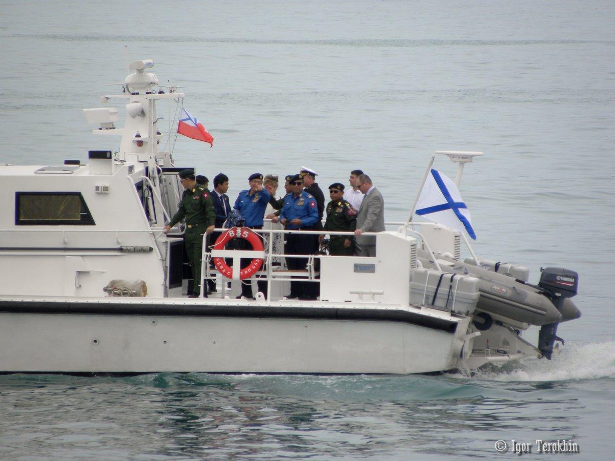 Military delegation from #Myanmar visit  #Sevastopol naval base. June 22,2017<br>http://pic.twitter.com/MwEzcBePeg