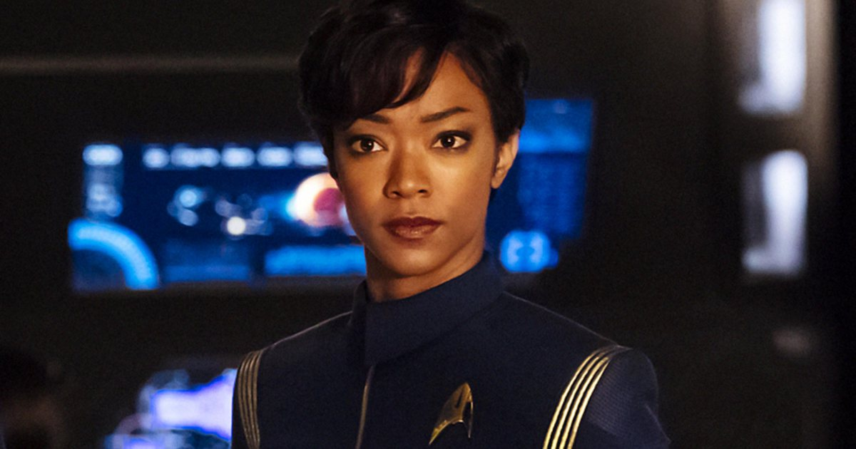 #StarTrekDiscovery star Sonequa Martin-Green replies to show's racist...