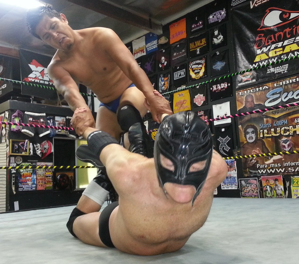 My luchalibre bud from  http:// GLOBALFIGHT.com  &nbsp;   #lucha #libre #wrestling #caliente #wrestlers #pro #guys #fighting #hunks #men #muscle #dudes<br>http://pic.twitter.com/ePXmMgTLjH