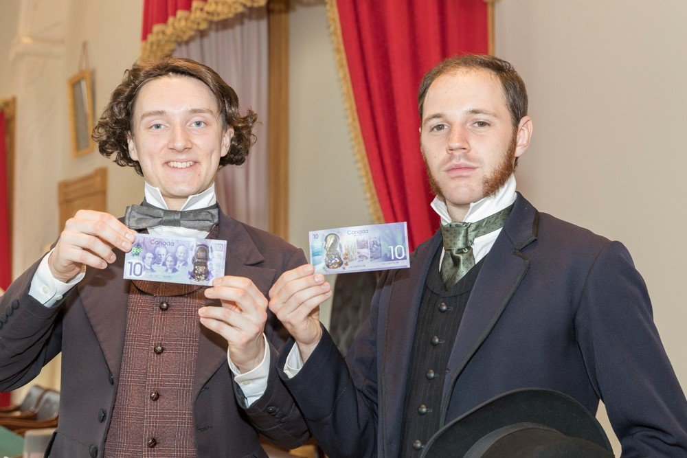 These two Fathers of Confederation got their #Canada150 notes @ConfedCentre. Did you get yours yet? #GotMyNote https://t.co/toyBVbmetg