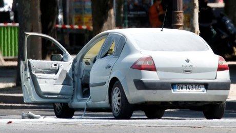 Champs Elysees attacker had arsenal of weapons: prosecutor https://t.co/EK8yVEPrdi