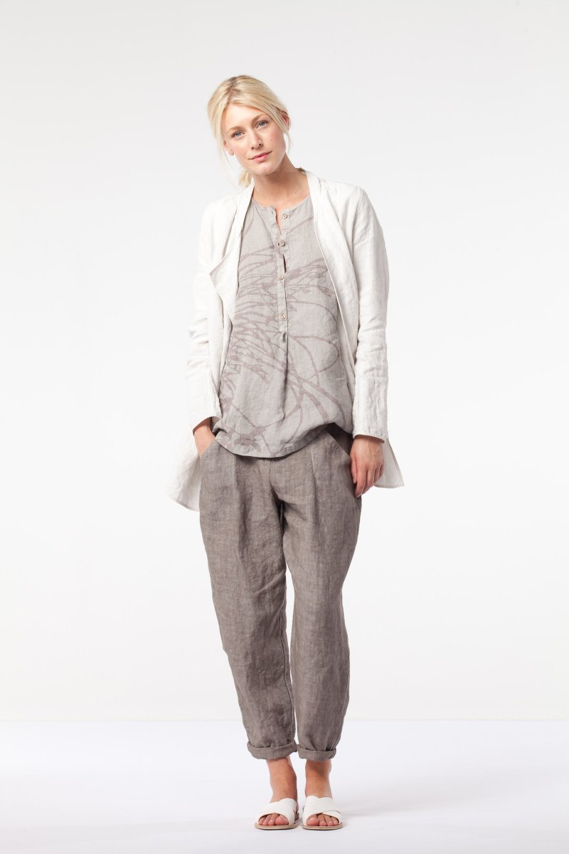 Neutral shades at OSKA New York - https   newyork.oska.com en outfits detail 1017031770   …pic.twitter.com 7nM6Vjs9vP 0e2ad61bd