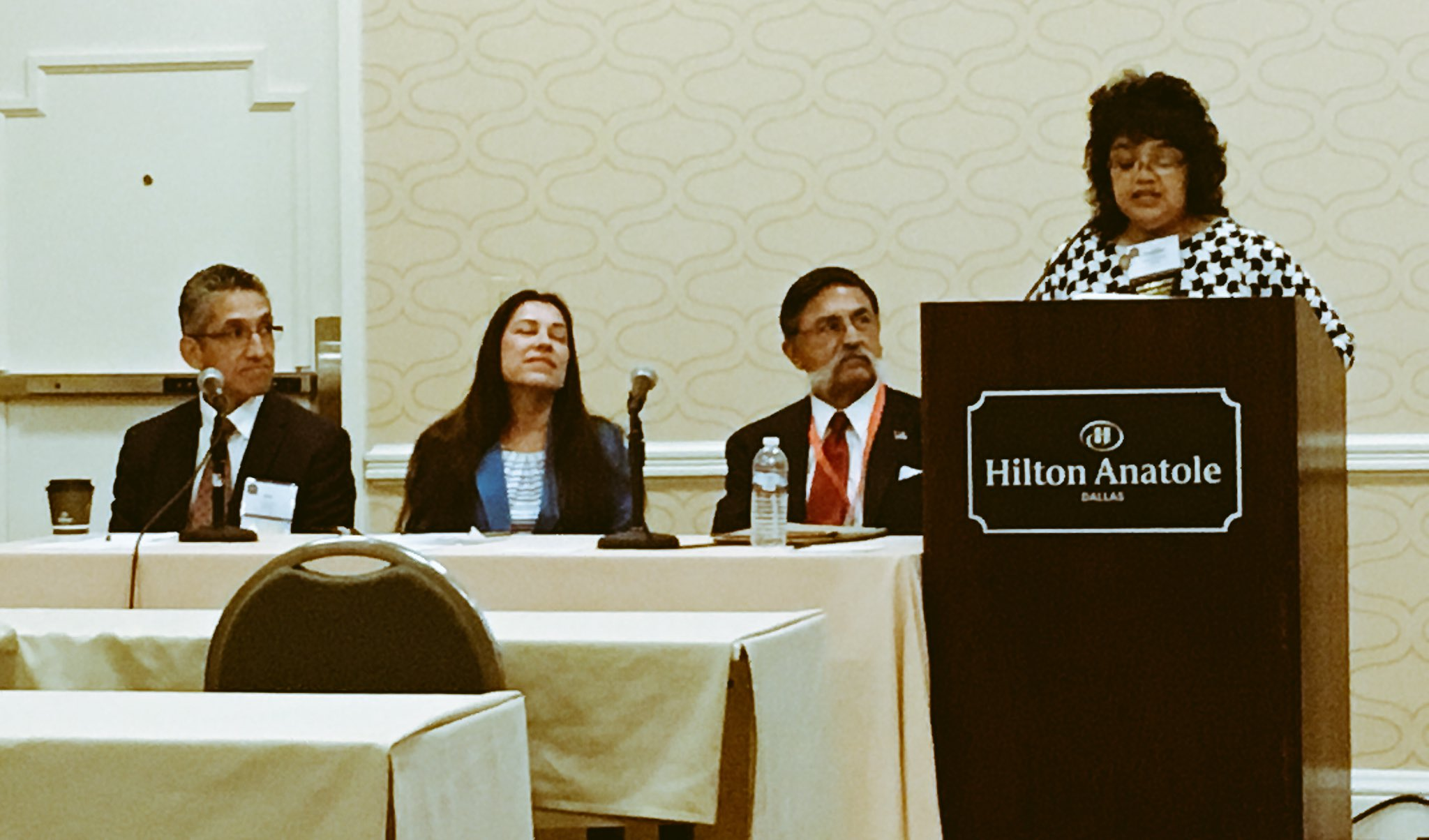 "Hispanic Issues Section panel ""The Past, Present & Future of Minority Participation"" starting now. #sbot17 https://t.co/j9QLiwzBaO"