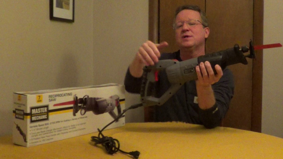 Check out the Master Mechanic Reciprocating Saw!   https:// youtu.be/_hikqwITH3U  &nbsp;    #HomeImprovement #homerepair <br>http://pic.twitter.com/Kf8pYAa4xW