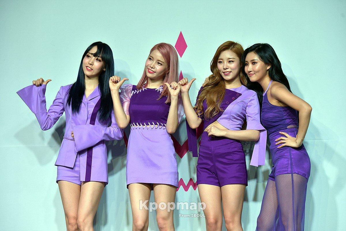 [#PRESS] 22.06.17 – MAMAMOO no Showcase de Purple.  via: kpopmap <br>http://pic.twitter.com/0BZ8fpU2H8