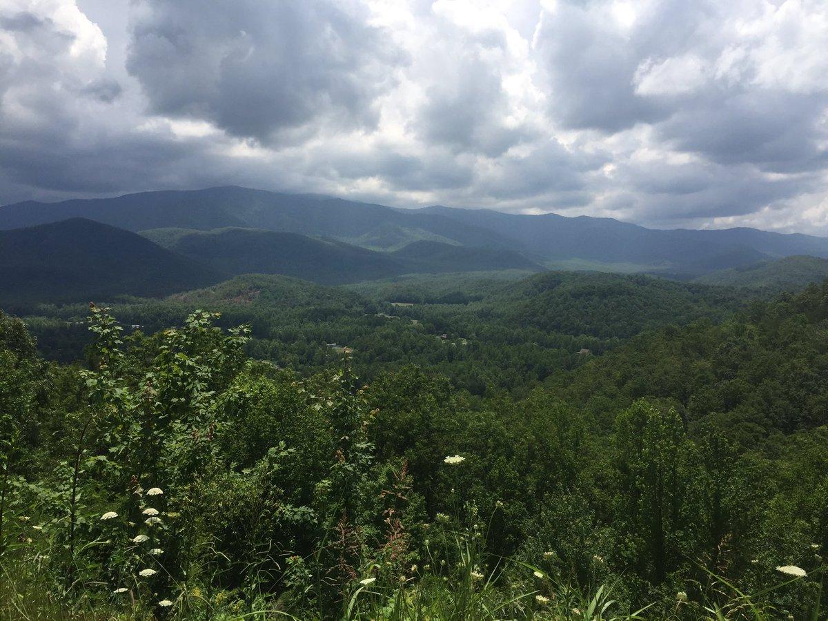 I'm missing Tennessee so so much 😞💔 https://t.co/Vwe66YSIaJ