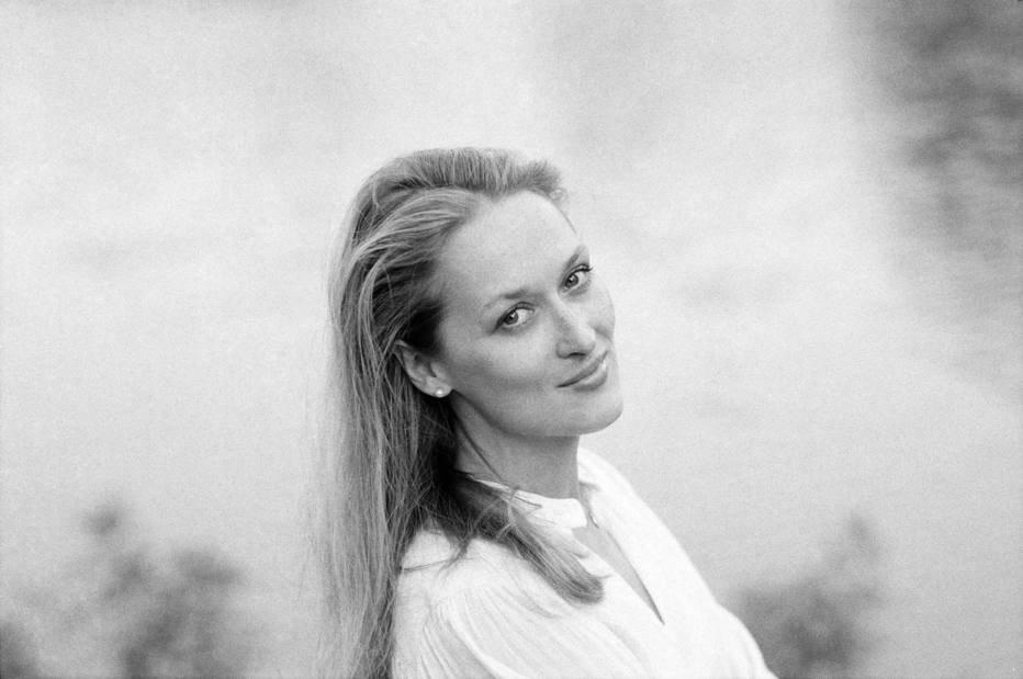 Parabéns, Meryl Streep! Aos 68 anos, atriz celebra carreira premiada 🎉🎊 https://t.co/cGfKIqfmXq