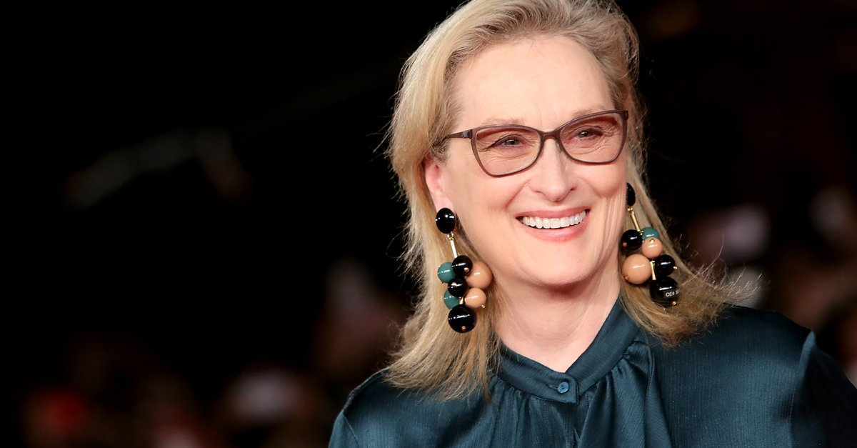 Happy birthday to our queen, #MerylStreep!   http:// ahwd.tv/vlHu4S  &nbsp;  <br>http://pic.twitter.com/DpwtwB0ji7