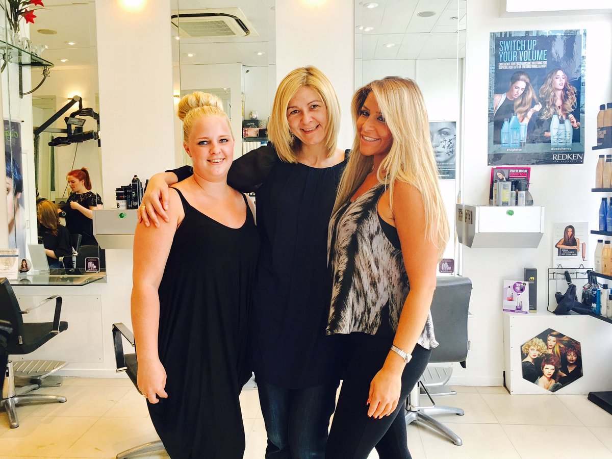 @kayandkompany Kay as you can see @KandKompanyElli Elli did fantastic job today! #haircut #myfavouritehairdressers Thanks you guys!Love you!<br>http://pic.twitter.com/23ciPaFGn1
