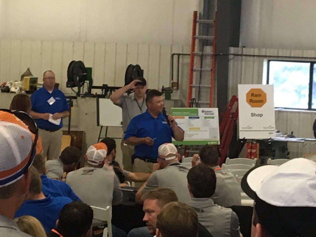 Agronomy sales training in Stanton, MN. Agronomist Todd McRoberts. #GoldenHarvest #RootedIn #Genetics #Agronomy #Service<br>http://pic.twitter.com/OQ1TmFDjWO