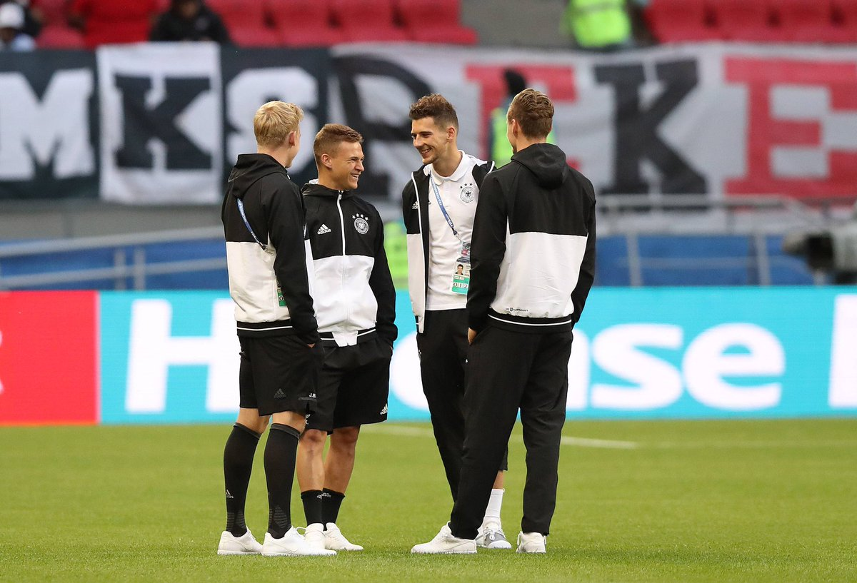 Joshua #Kimmich looks chilled out ahead of kick-off. 20 minutes to go!...