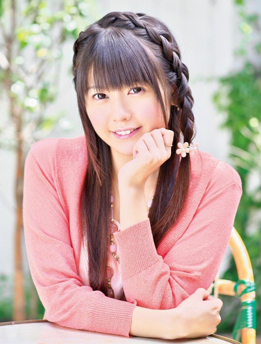 今日は「けいおん:中野梓」役や「俺妹:高坂桐乃」役などを演じてる『竹達彩奈さん』の誕生日ですっ! けいおん厨としては是非お祝いしたい・・・。
