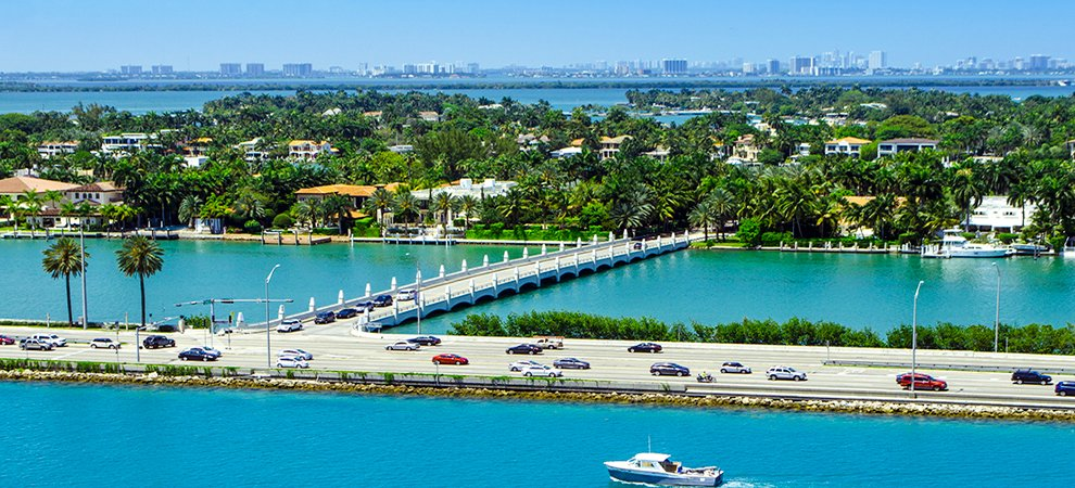 #22junio #miami #luxury #realestate #inversiones #negocios #oportunidades Miami Home Sales Enjoy Best May in History  http:// ow.ly/q6Ba30cOEQJ  &nbsp;  <br>http://pic.twitter.com/IrFNdWt2l2