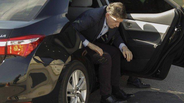 Carro oficial de Crivella acumulou 10 multas somente em junho https://t.co/mThaDPQ1EA