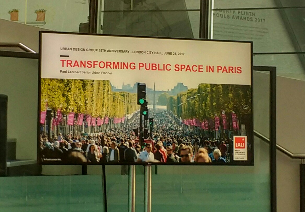 #CarFree #Champs Elysées, part of Paul Lecroart&#39;s @iauidf piece for @udlondon&#39;s 15th yr celebration yesterday  #WalkingCities #SharpElbows?<br>http://pic.twitter.com/iSPbB0chYu