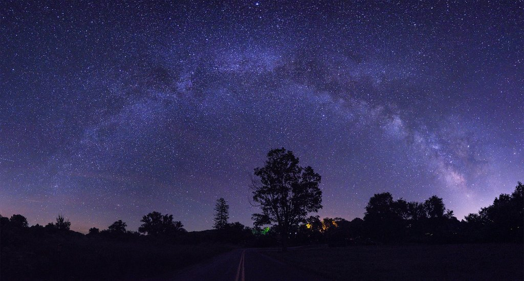 quick trip back east! visiting my home state of #NY and decided to go out for a #milkyway session! #stars #galaxy #travel #explore #space<br>http://pic.twitter.com/RmF6E6Pt9T