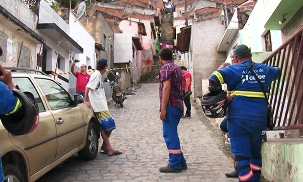 Resultado de imagem para imagens de Servidor da Celpe é assassinado durante expediente em Caruaru, no Agreste