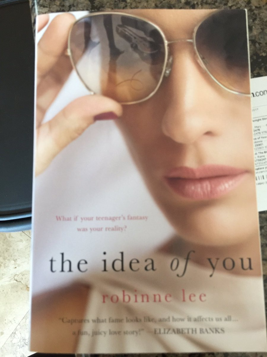 Look what just arrived from #Amazon  I know what I&#39;m doing the rest of the day @robinnelee #bibliophile  <br>http://pic.twitter.com/JHVf6uY9At