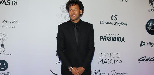 Neymar confirma fim de namoro com Marquezine: 'Torço por ela' https://...