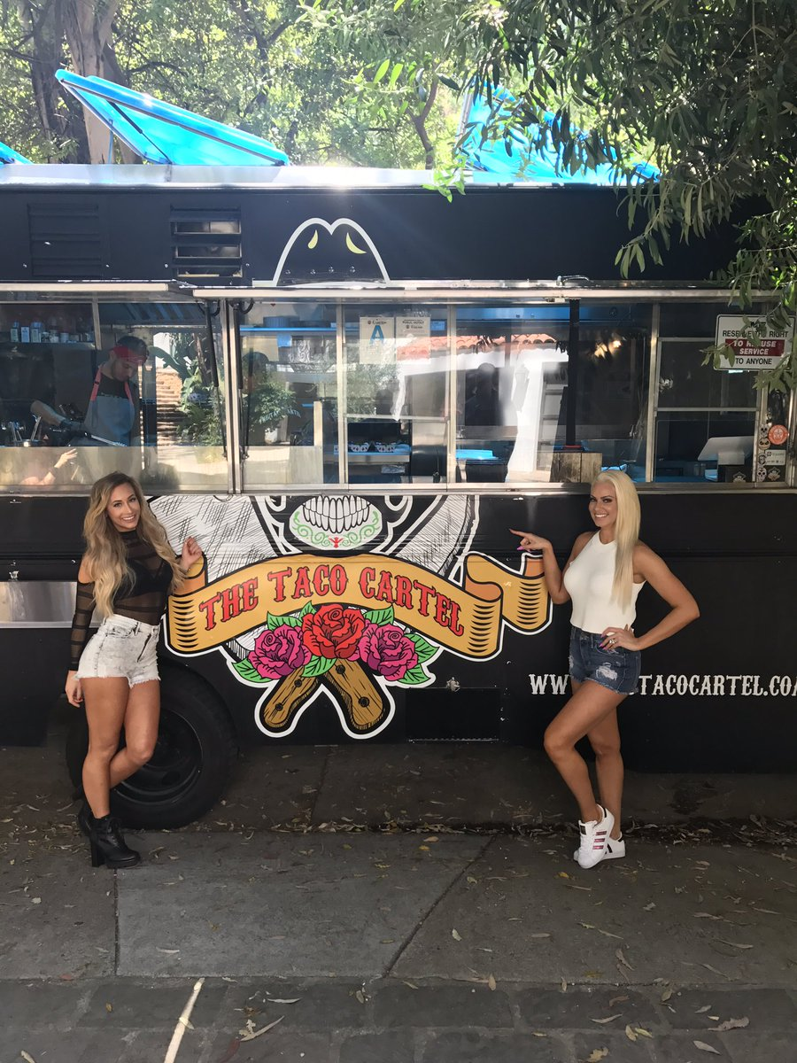 We got our own taco  truck at the house!!!! #totaldivas @CarmellaWWE <br>http://pic.twitter.com/FrbArNqtw9