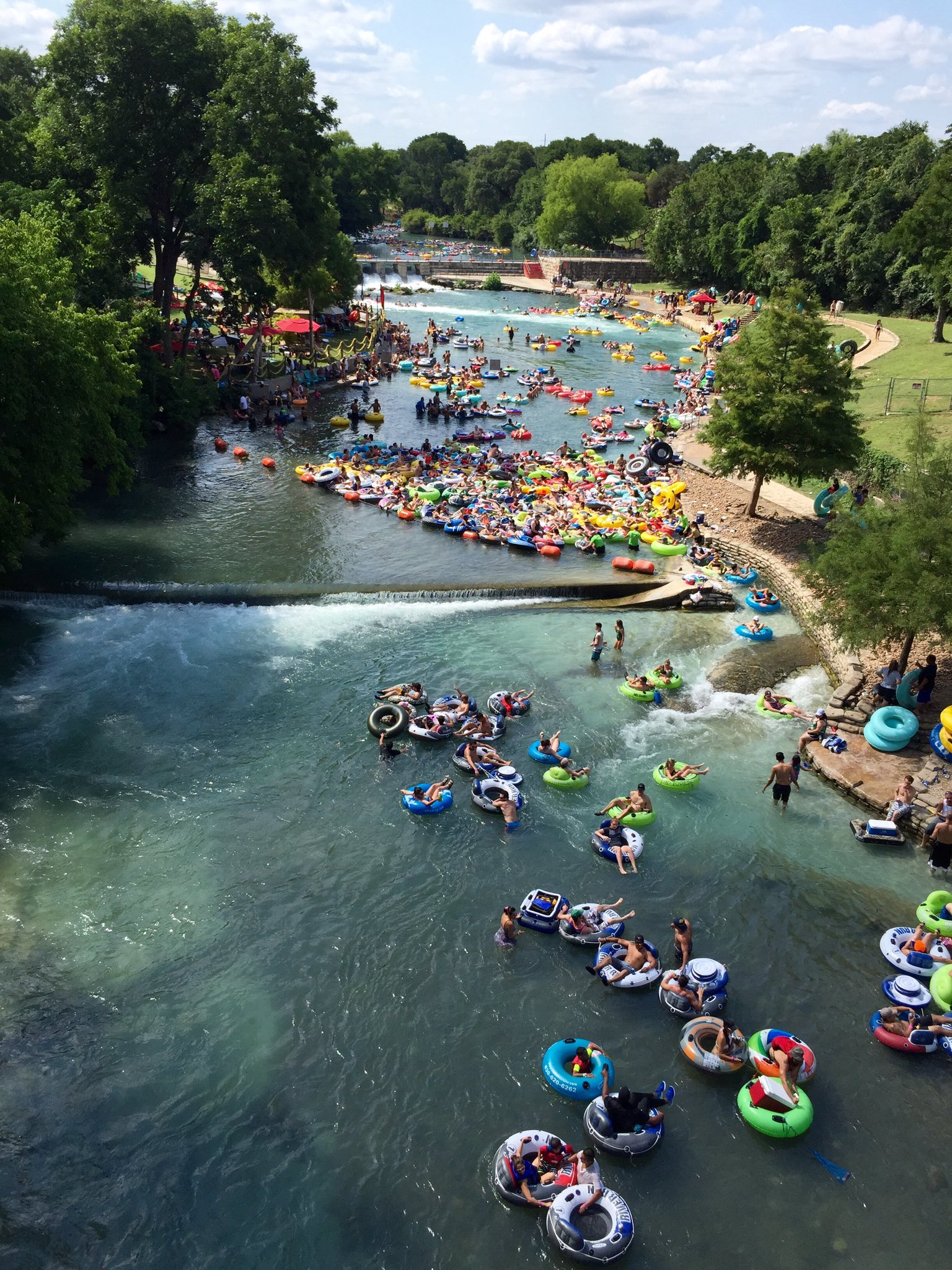 Play In New Braunfels On Twitter Quot Retweet To Win Tubing