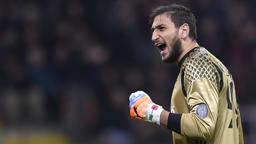 Donnarumma e sua família não têm dúvidas sobre o futuro: O goleiro quer permanecer no Milan e renovar o seu contrato. [Di Marzio]